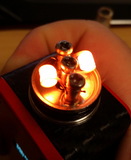 blazing coil in a rebuildable atty